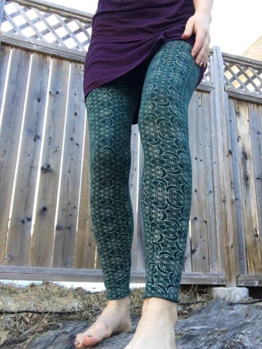 Printed bamboo leggings